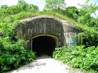 Тараканов. Форт. Вход в подземный бункер