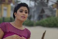 Naai Kutty Padam Movie New Stills