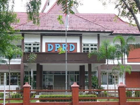 Tugas Wewenang dan Hak Anggota DPRD