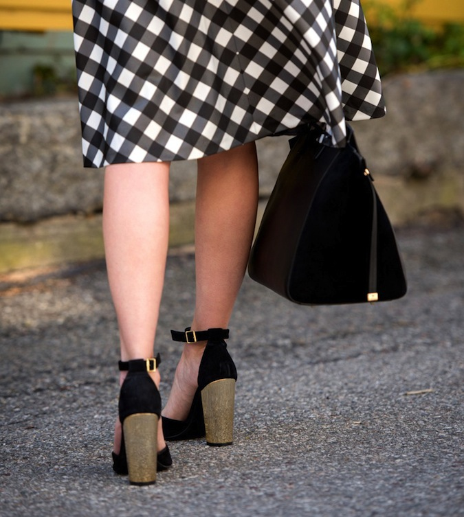 talbots black and white plaid skirt