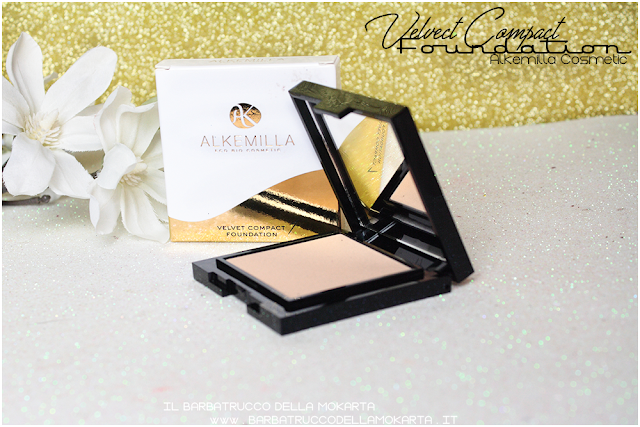 swatches velvet compact foundation, fondotinta compatto in crema alkemilla