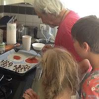 Making (chocolate) pizza with grandpa.