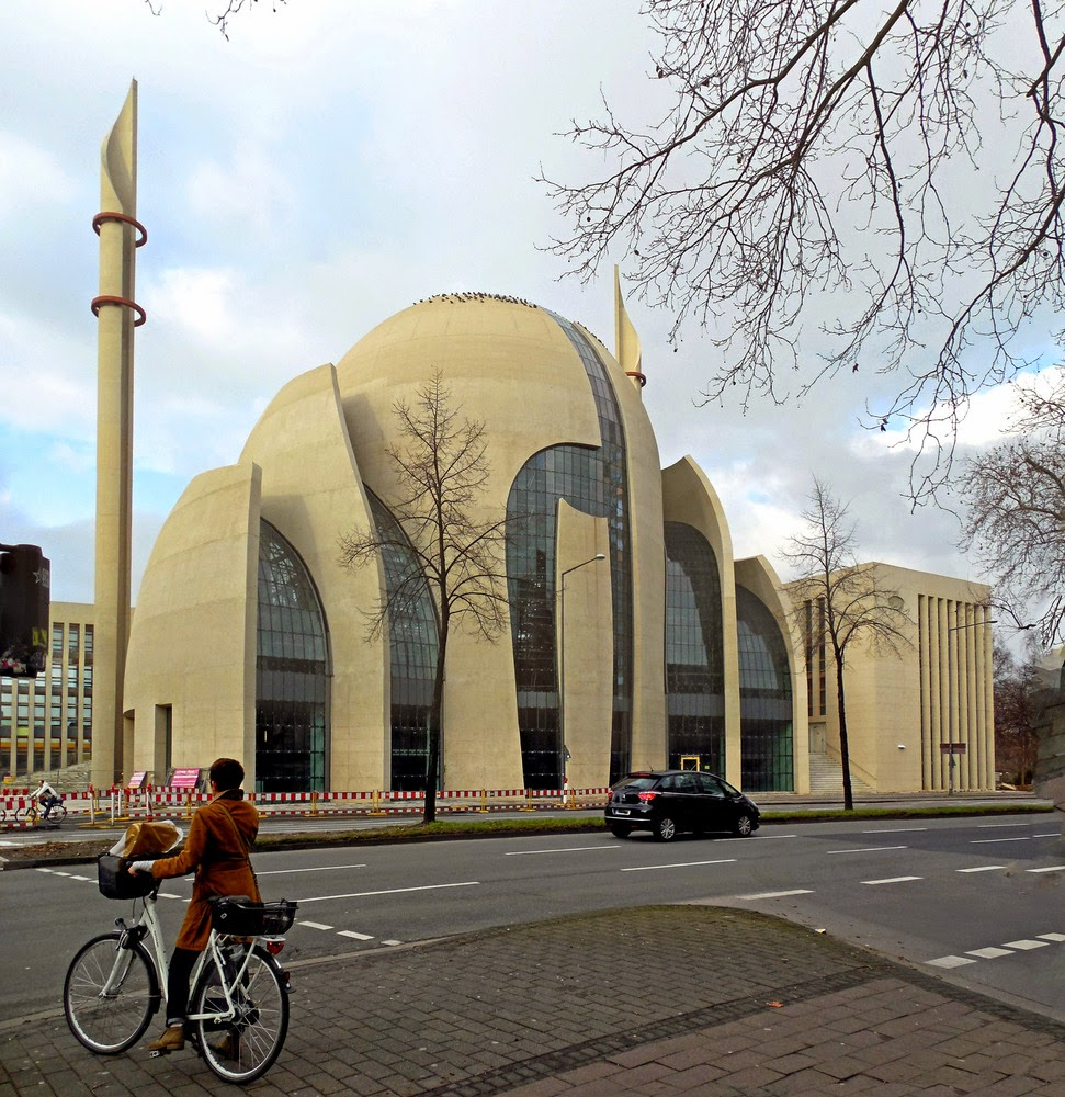 Masjid Pusat Cologne di Cologne, Germany