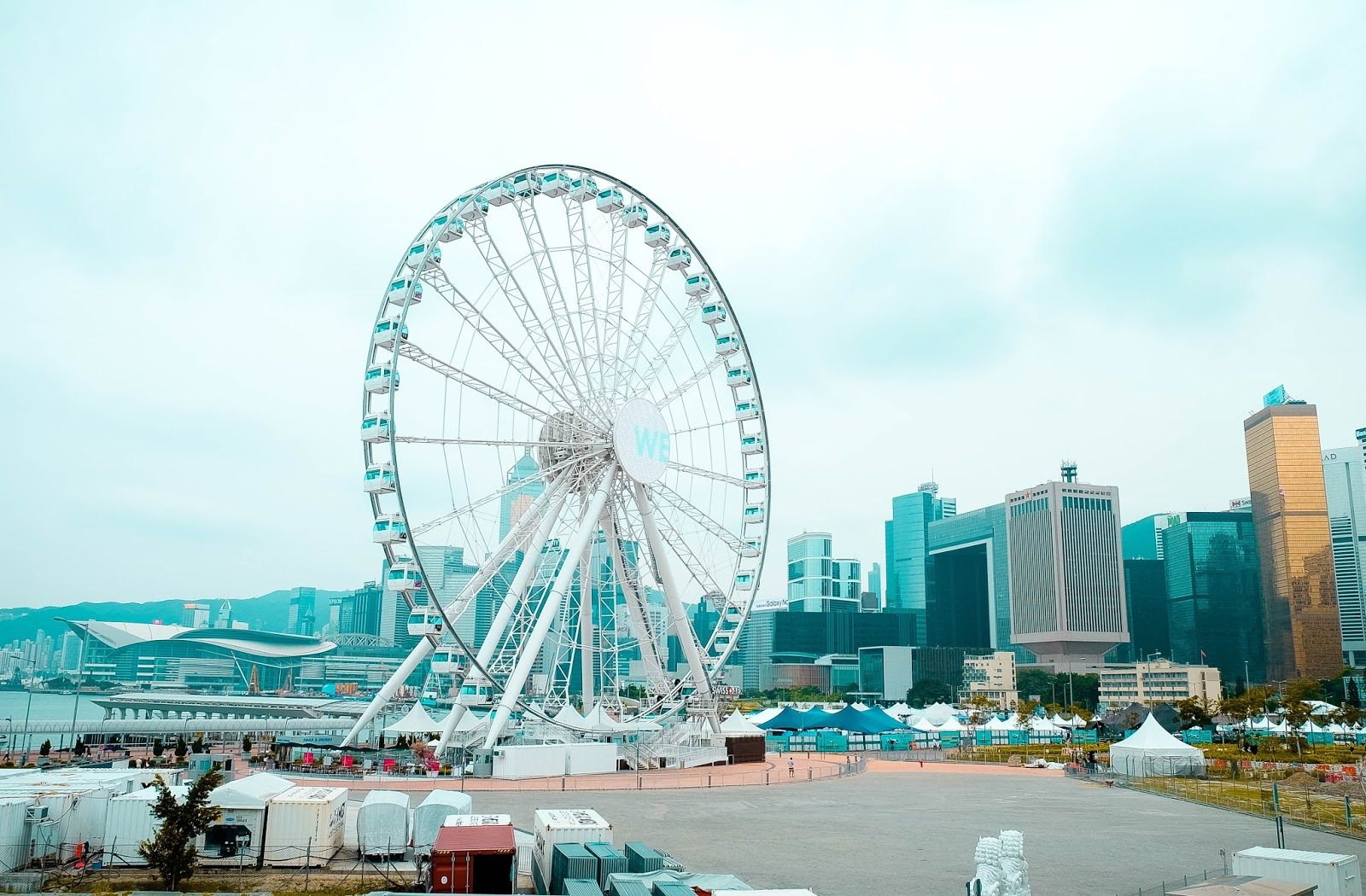 Hong Kong Travel Blog , Victoria Habour , Ferris Wheel