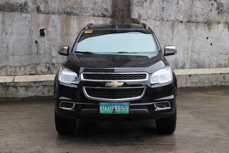2013 Chevrolet Trailblazer 28 Ltz Vs 2013 Toyota Fortuner 30 V