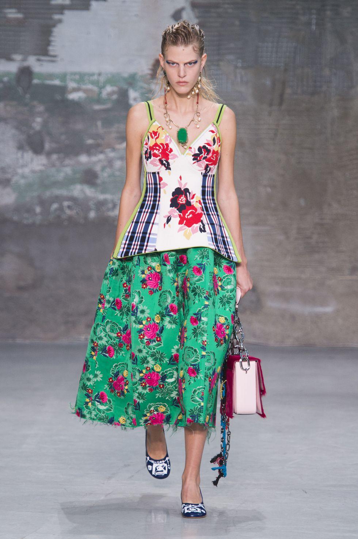 Eniwhere Fashion - cose da mettere in valigia