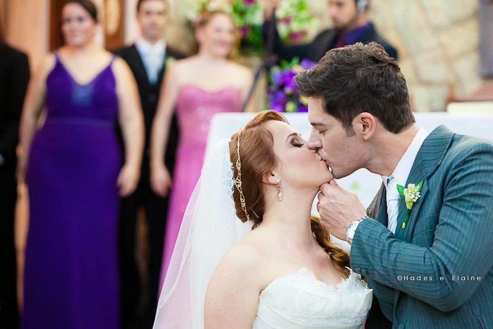 derimônia - noivos - beijo dos noivos - beijo - recém casados