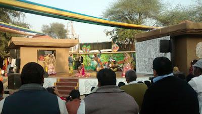 Folk artists at Surajkund