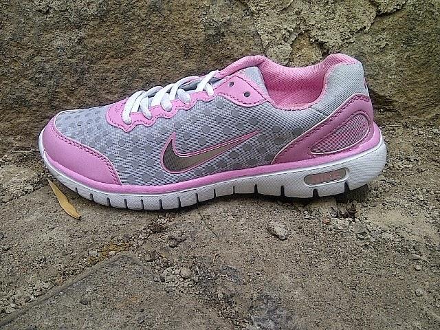 Sepatu Nike Runing Women ~ Sepatuadidasbaru2014 94f71d0ef