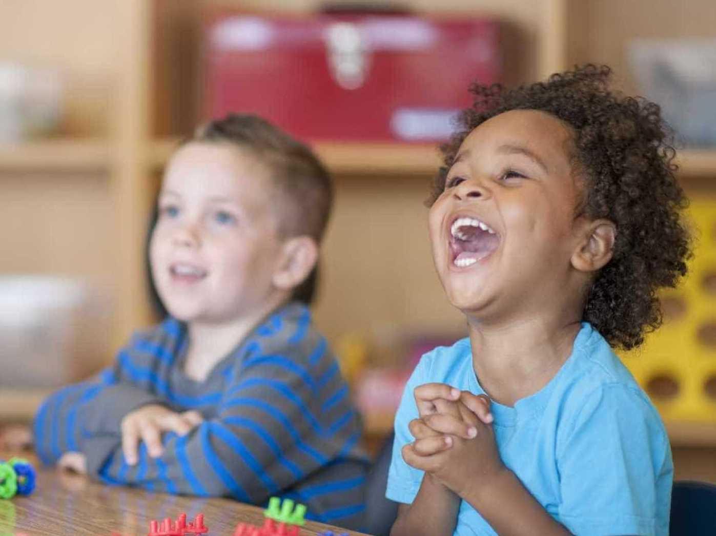 A Educação Exige Os Maiores Cuidados Porque Influi Sobre Toda A Vida: Zipt, Zapt... ZOOM