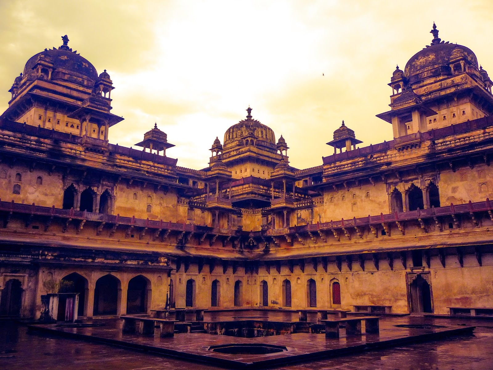 An Ordinary Day in Orchha after Khajuraho