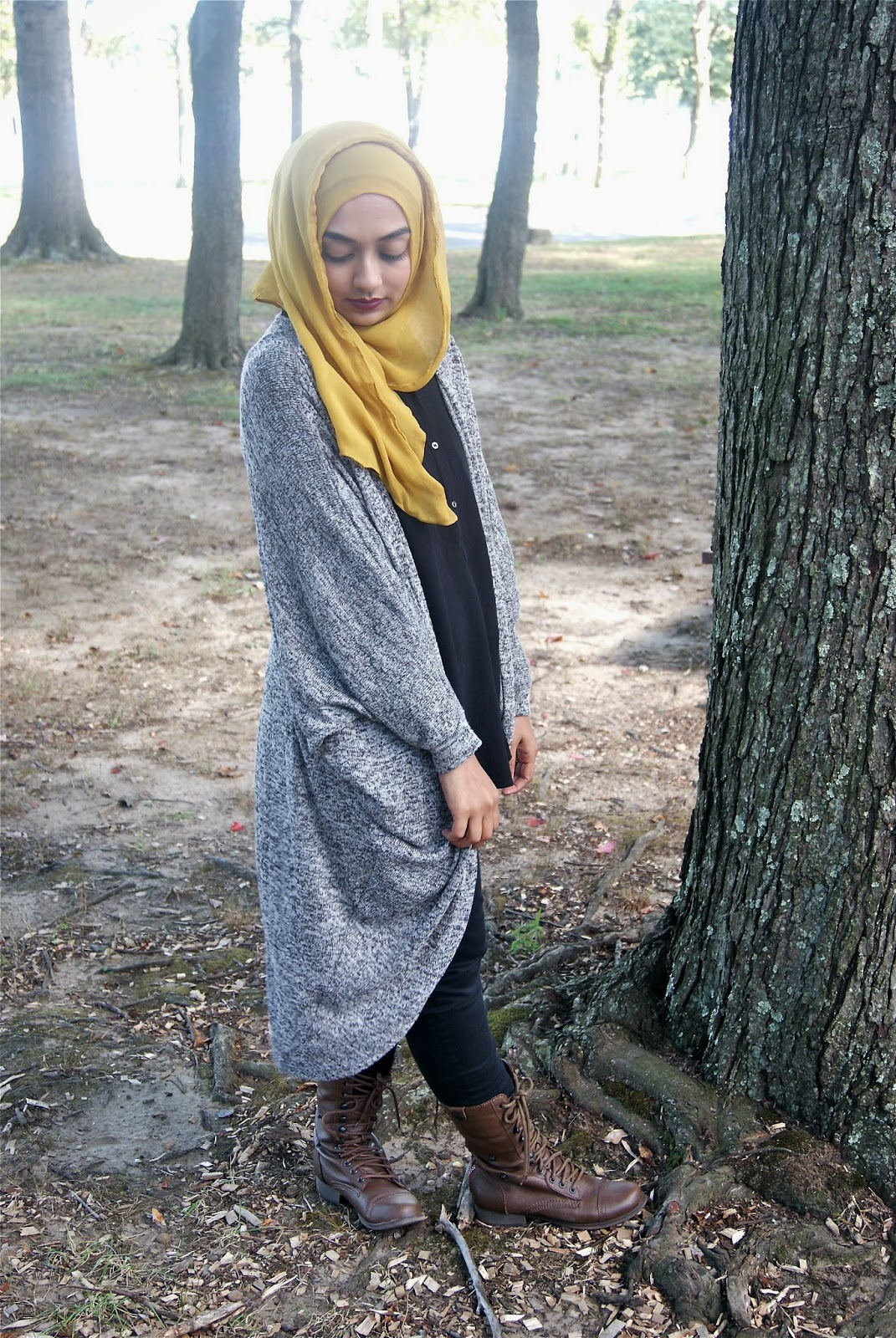 0d46929588ab Cape Sweater & Jeans: Forever 21 // Shirt: H&M // Shoes: Spring // Scarf:  Random