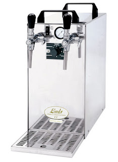 Draught beer dispenser