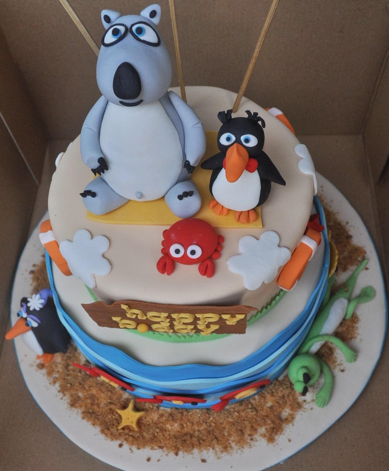 Momatoye Bernard Bear Cake