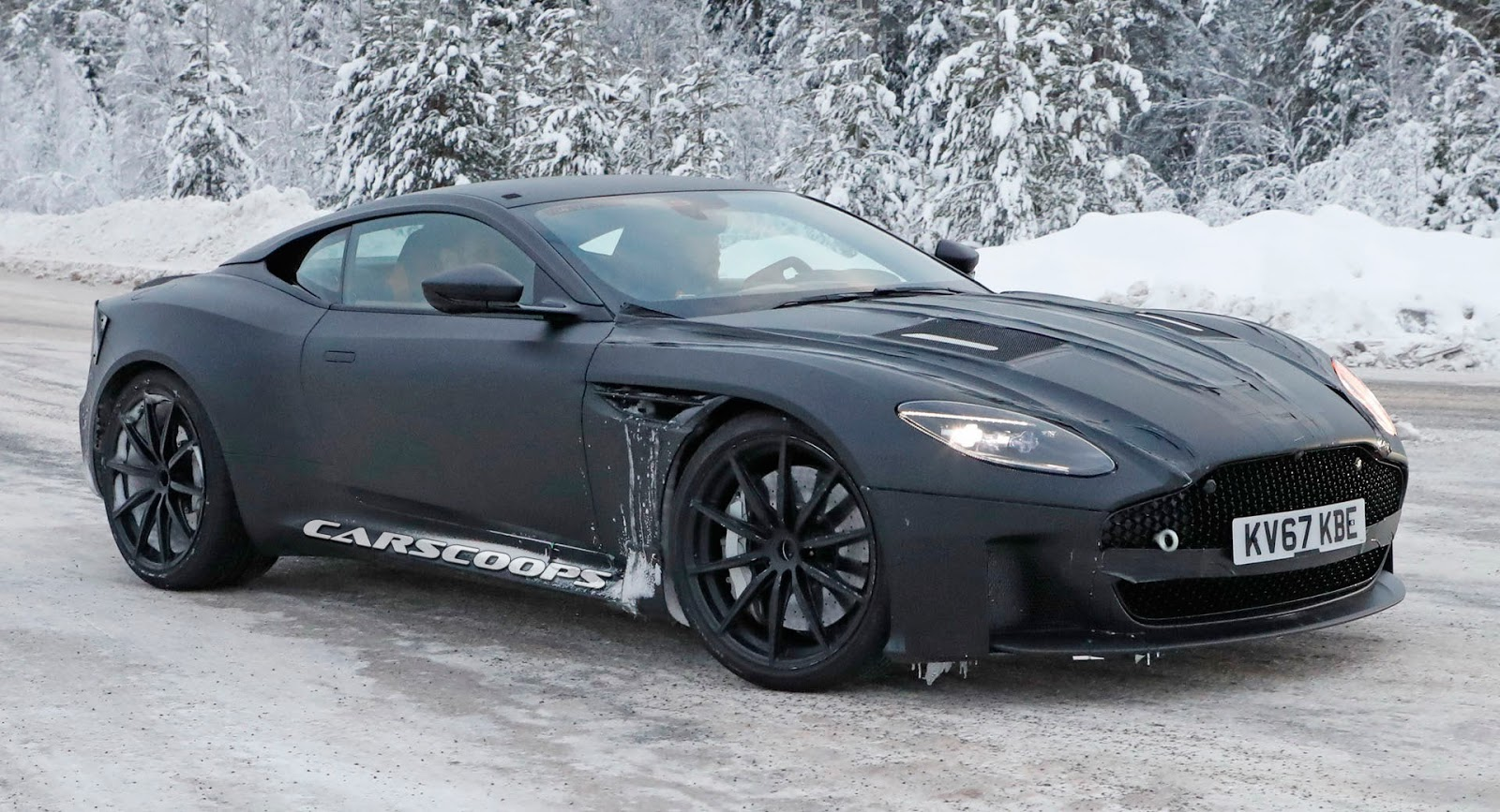 2019 aston martin vanquish more performance less luxury. Black Bedroom Furniture Sets. Home Design Ideas