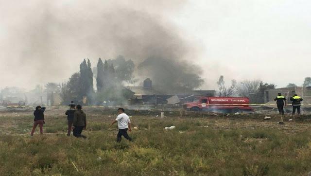 Descuentos, explosión, humo, ofertas, compras