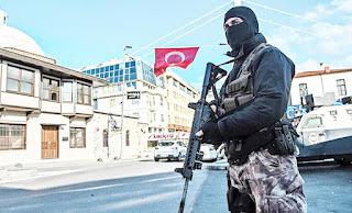 طعن شرطي تركي علي يد منتمي لداعش