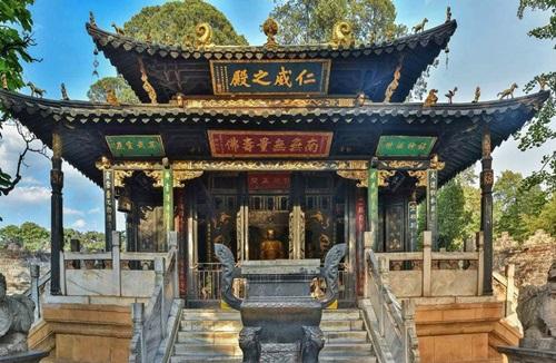 ตำหนักทองจินเตี้ยน (Golden Temple) @ www.youxiake.com