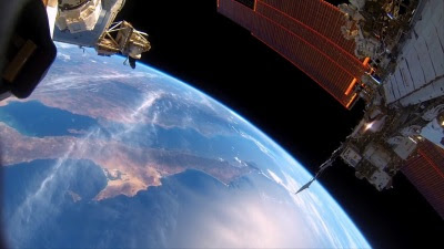 A Beautiful Planet (Movie) - Trailer - Screenshot