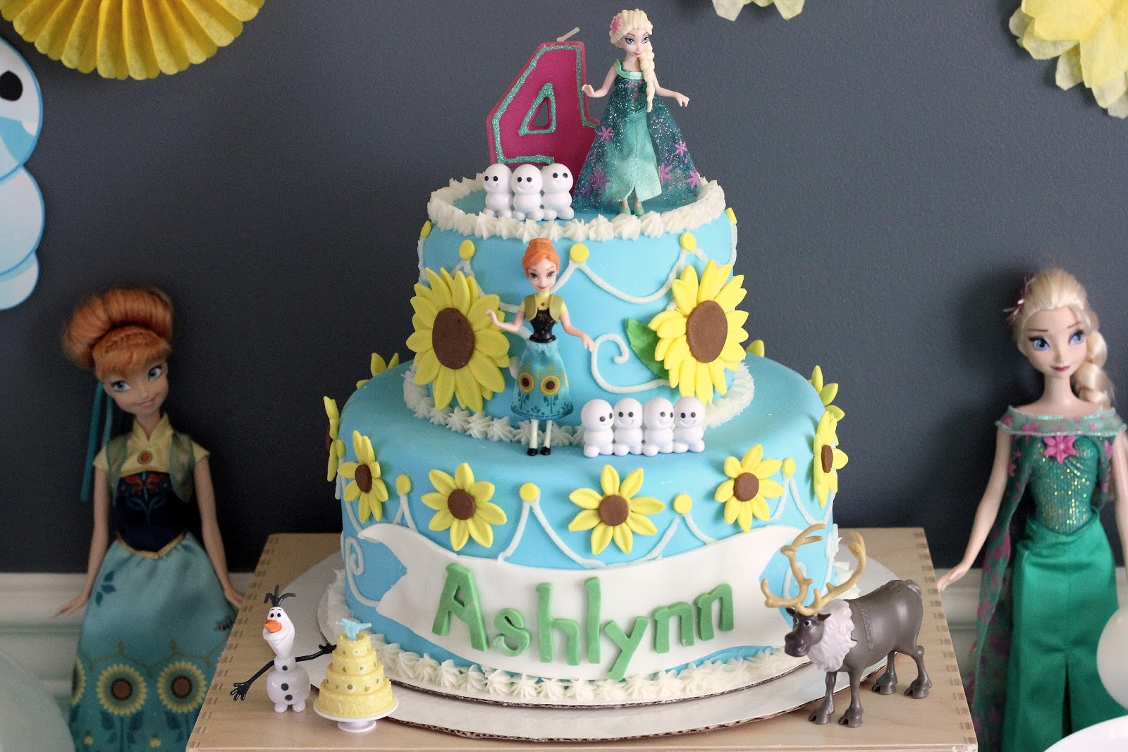Strawberry Swing and other things Ashlynns 4th Frozen Fever