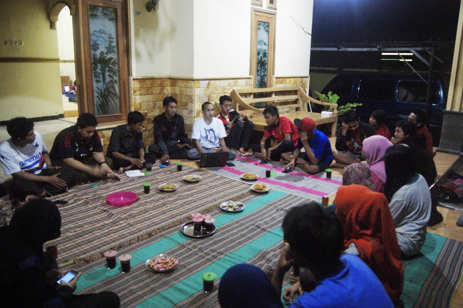 Contoh Sesorah Atur Pambagyaharja Rapat Karang Taruna