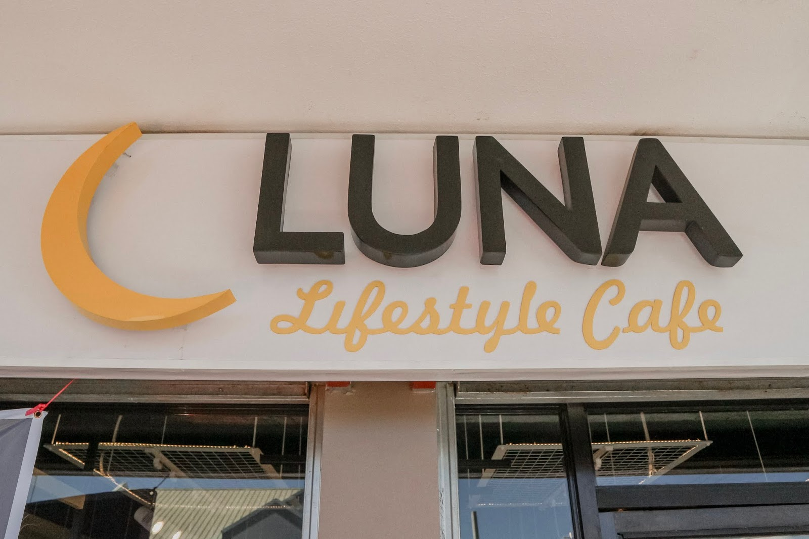 luna lifestyle cafe davao