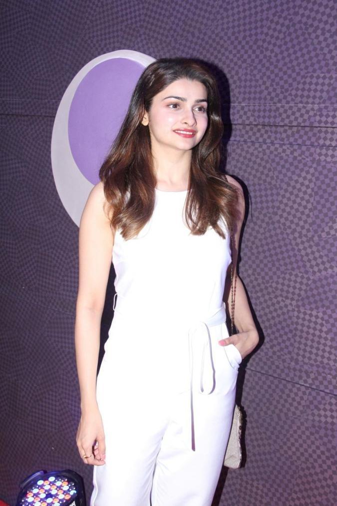 Beautiful Mumbai Girl Prachi Desai Long Hair Photos In White Top Jeans