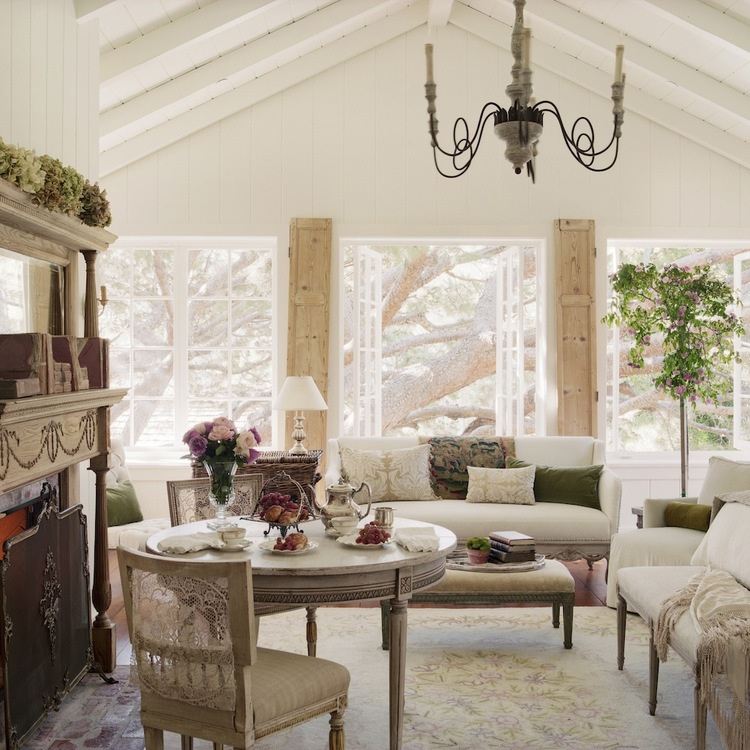 Romantic French Country LIving Room in California beach cottage in Santa Monica by Giannetti Home