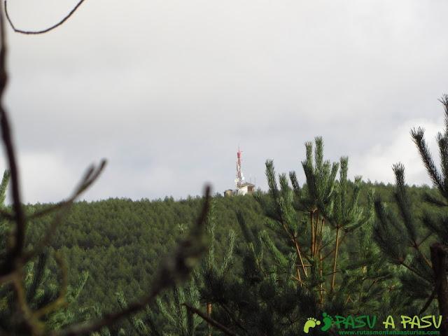 Vista de las casetas en la cima del Ouroso