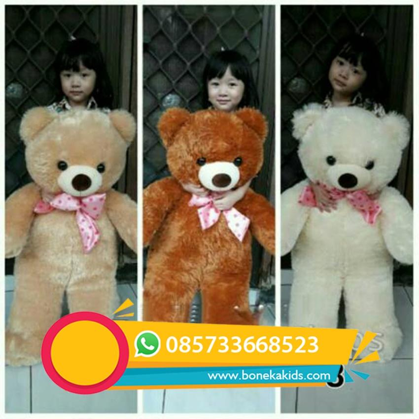 boneka beruang ini sangat cocok untuk diberikan kepada orang yang tercinta 6c6b3749fc