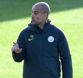 Guardiola Heran Penghargaan Pemain Terbaik Tak Jatuh ke Pemain Manchester City
