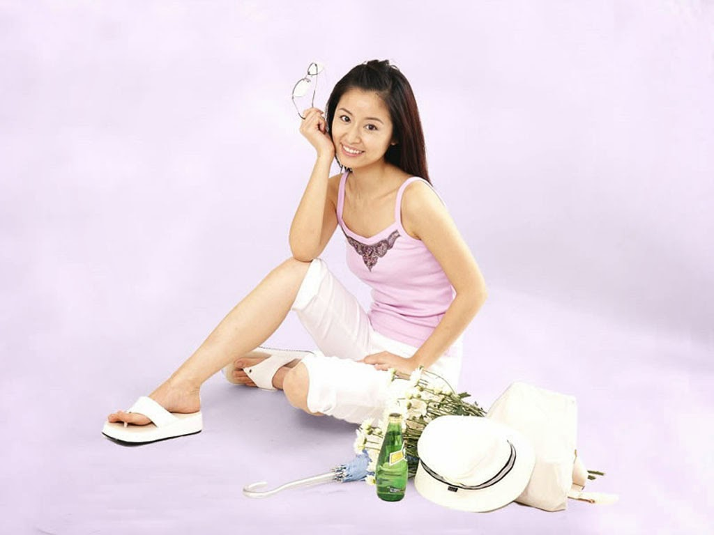 andfree download beautifulchinese actress ruby lin xin ru picturesVicki Zhao And Ruby Lin