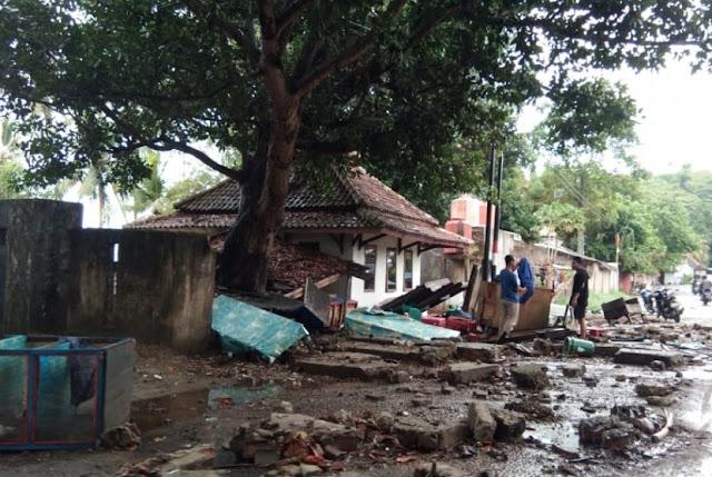 Kisah Nono, Pria yang Selamat Dari Gelombang Tsunami Saat Sholat Isya' di Mushola