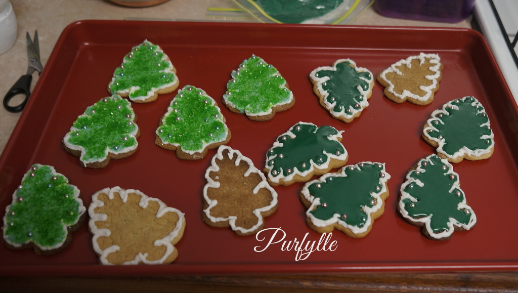 christmas tree ginger bread cookies