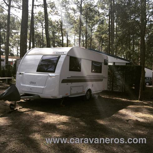 Foto de la caravana Adria Altea en Le Vieux Port | caravaneros.com