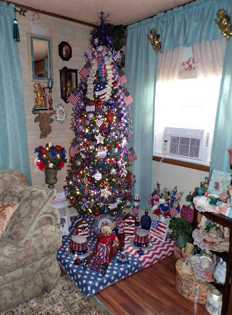 Summer Patriotic Tree, 2020