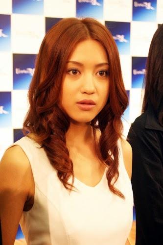 Saki Kagami sebagai Naoko
