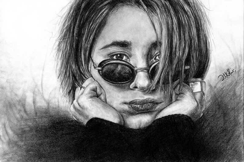 13-Zemfira-Valerie-Kotliar-Celebrities-and-Unknown-Immortalised-in-Realistic-Drawings-www-designstack-co