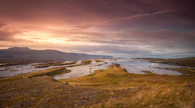 Zagraniczna sesja poślubna na Islandii