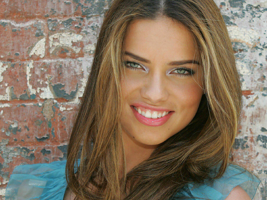 Fashion Design Adriana Lima-8411