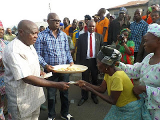 Fayose Shares His Birthday Cake With Residents Of Ado-Ekiti, Hands Them N200 Each 6