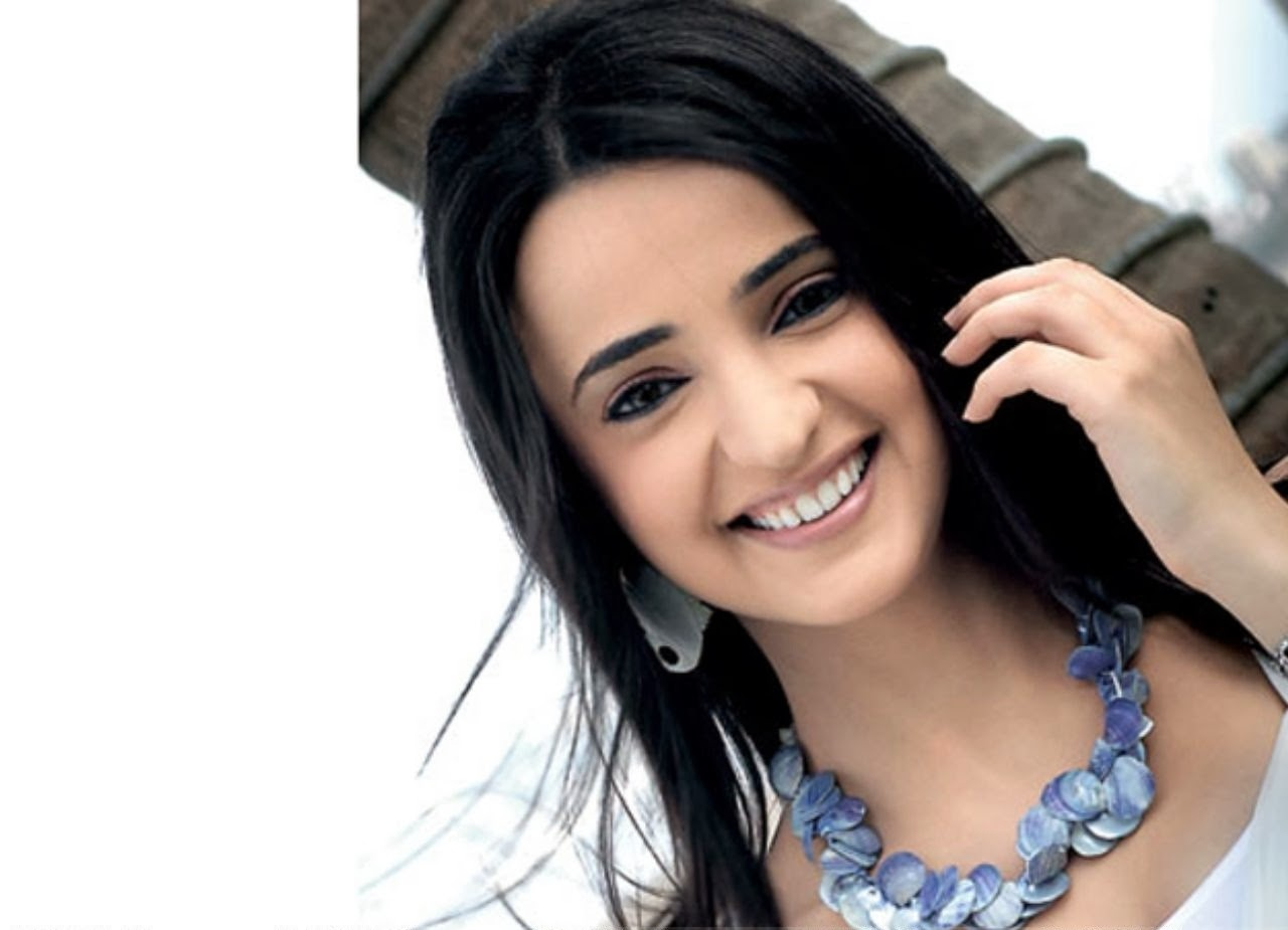 Sanaya Irani Hd Pictures Download Free  Tv Biography-3542