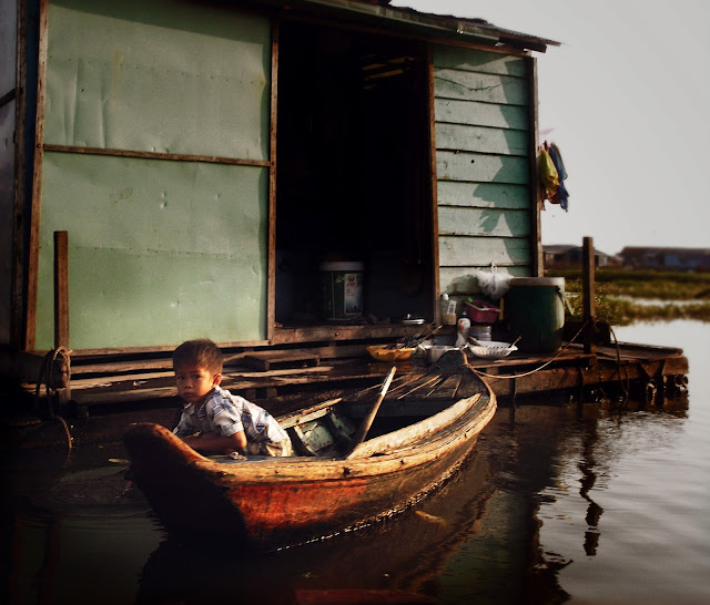 Kompong Luong - Cambodia - January - 2014