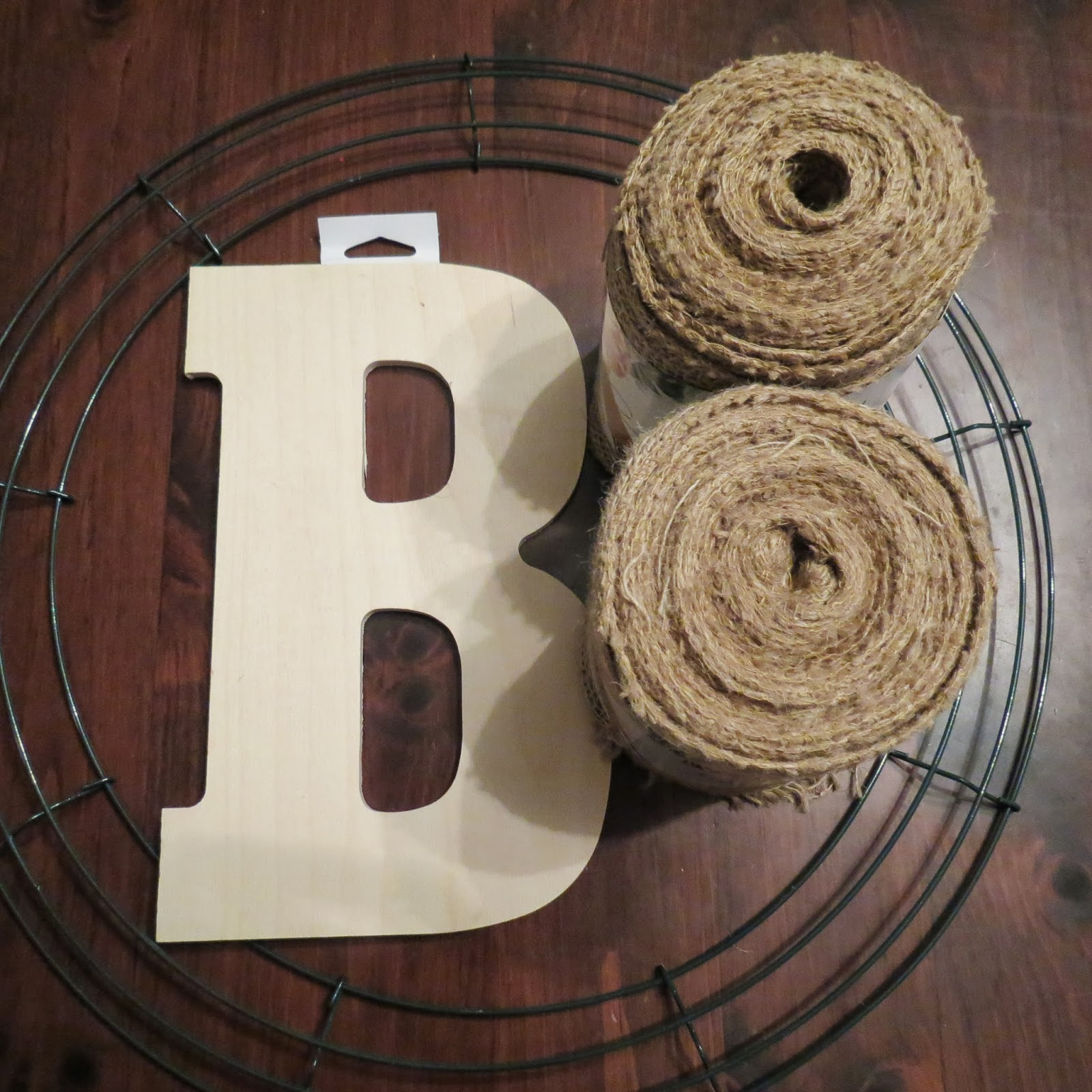 blog with the browns: Home Improvement Week 3: Burlap Wreath [part 1]