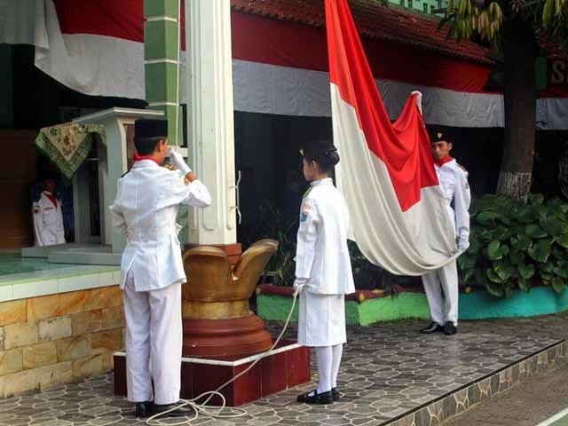 upacara agustus 2014