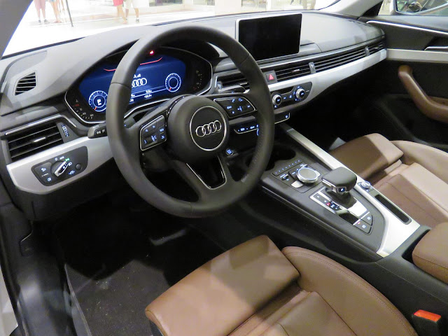 Audi A4 Attraction 2017 - interior