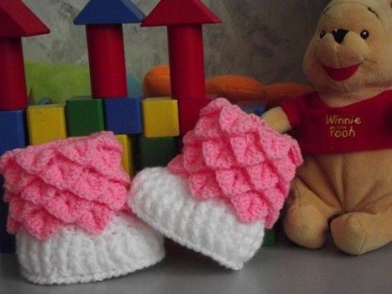 zapatito de bebe tejido