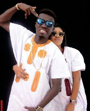 Comedian Akpororo celebrates marriage anniversary
