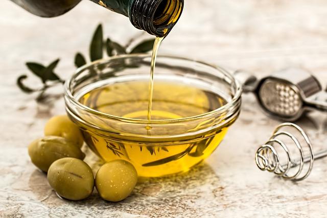 Cara Memutihkan Ketiak Dengan minyak zaitun