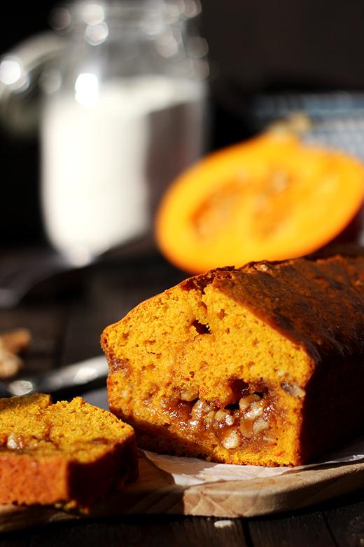 Kürbiskuchen mit Zimt und Walnusskaramell, Kastenkuchen, Rezept, Holunderweg18